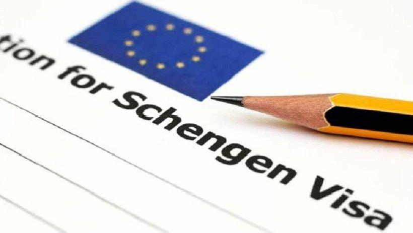 Как заполнять заявление на получение шенгенской визы