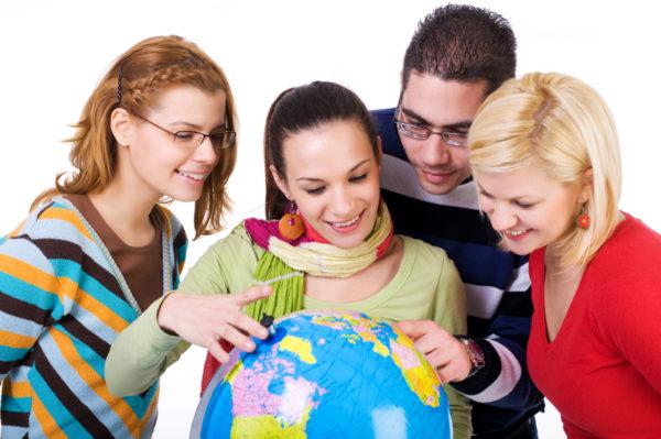 Изображение - Где легче всего получить гражданство россиянину trudoustroystvo_za_granicey_1_15131433-600x399