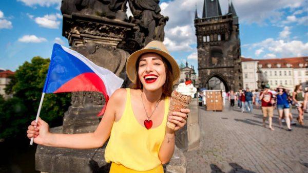 Иностранцы в Чехии